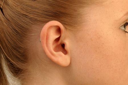 Hinter-dem-Ohr-Hörsysteme (HdOs) – Offene Versorgung